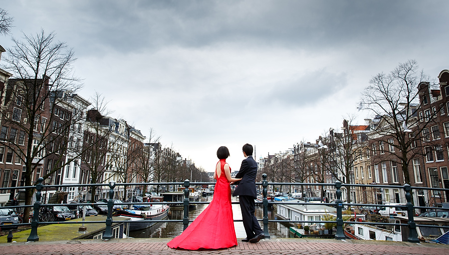 a Chinese love shoot in Amsterdam