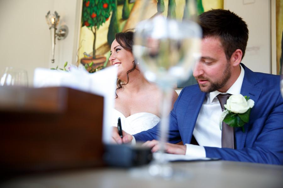 Samantha en Joep bruiloft Kasteel Terworm 027