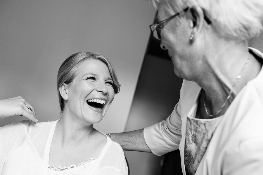 bruiloft trouwfotograaf Spaarndam en Velsen Villa Zomerdijk 08