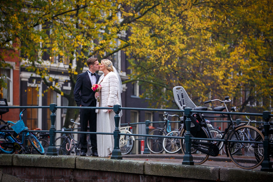Amsterdam international fall wedding Posthoornkerk Westerliefde by Dutch wedding photographer Evert Doorn 09
