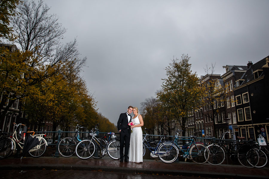 Amsterdam international fall wedding Posthoornkerk Westerliefde by Dutch wedding photographer Evert Doorn 10