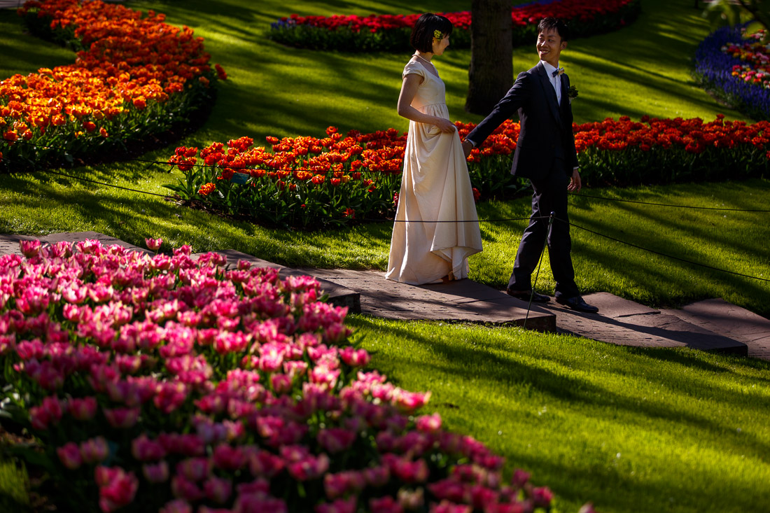 engagement shoot Amsterdam Tulips Keukenhof Wedding photographer netherlands Evert Doorn-10