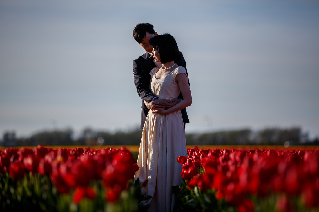 engagement shoot Amsterdam Tulips Keukenhof Wedding photographer netherlands Evert Doorn-13