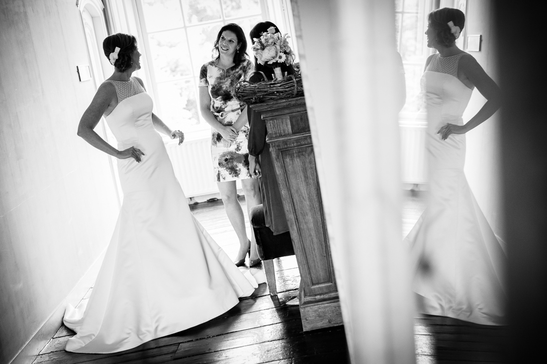 wedding at Landgoed Waterland the Netherlands by wedding photographer Evert Doorn 03