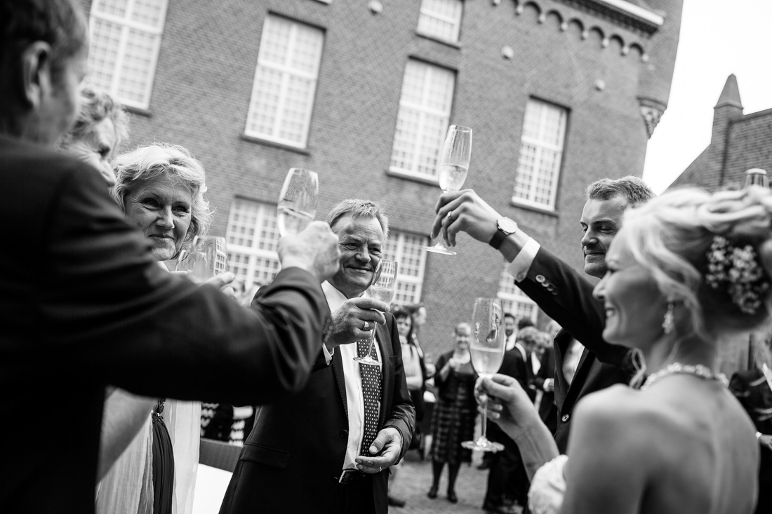 international wedding at castle kasteel Heeswijk 25